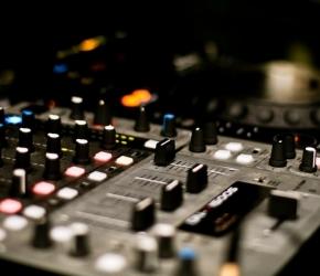 L'Instant Jeunes - Emission de Radio pour les jeunes de Mayenne