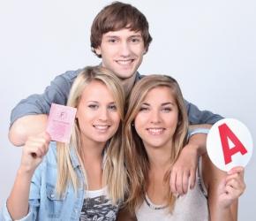 Le Permis citoyen - Aide financière pour les 18-25 ans - Angers