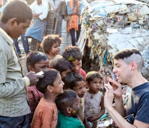 Jeune Volontaire des Nations Unies