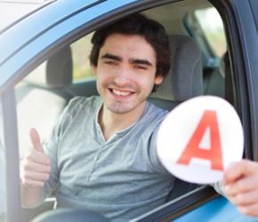 Aide au permis de conduire pour les apprentis