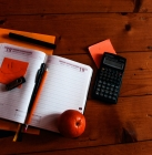 première déclaration de revenus_Photo by Iryna Tysiak on Unsplash