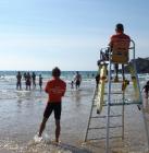 Le job de nageur sauveteur sur les plages l'été